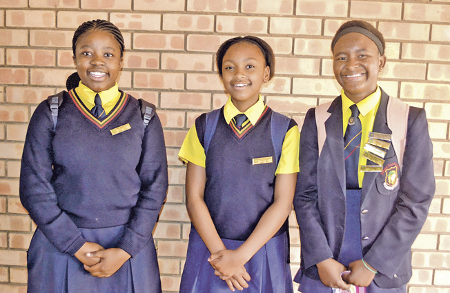 Flora Park Comprehensive High School Subjects Offered and Application Forms | Contact Details