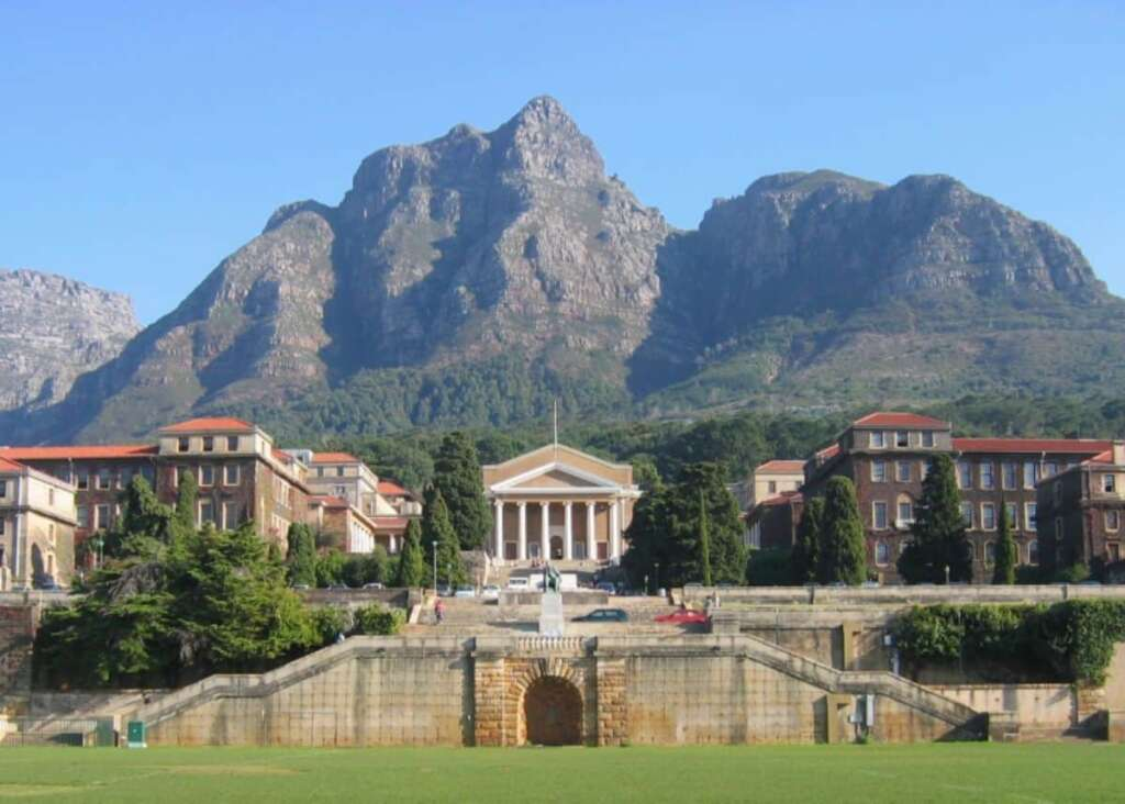 List of SA Universities and Closing Dates for 2021 Application